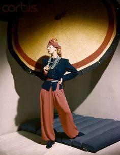 Horst,1939. 1930s fashion
