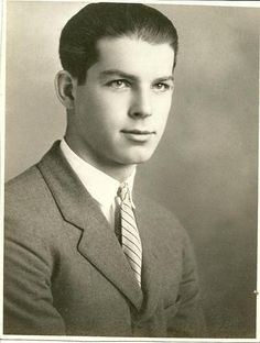 "Fred MacMurray:  Frederick Martin ""Fred"" MacMurray (August 30, 1908 – November 5, 1991) was an American actor who appeared in more than 100 movies and a successful television series during a career that spanned nearly a half-century, from 1930 to the 1970s."