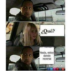 Cuando piensas que La Roca te quiere decir algo pero no xdxdxdxd - Meme Para más imágenes graciosas y memes en Español visita: https://www.Huevadas.net #meme #humor #chistes #viral #amor #huevadasnet