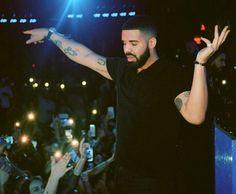 Only Drake, Drake Rock, Famous Celebrities, Celebs, Drake Scorpion, Drake Wallpapers, Drake Drizzy, Lil Boosie, Drake Graham