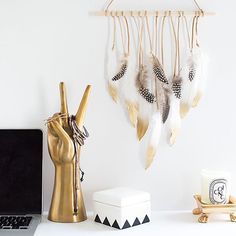 Those gold dipped feathers I grammed last week were for this DIY wall hanging that I'm sharing on the @pbteen blog today!  Find the tutorial at blog.pbteen.com ✌️#homeyohmy
