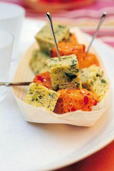 Recette cakes poivron-tomate et pistou-pistache - Cuisine / Madame Figaro