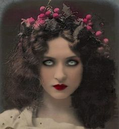 Maude Fealy was a silent film star who was a special favorite of DeMille - stunning woman.