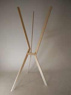 A coathanger that feels naked. A one day project where we tired to convey a feeling into the coathanger. Insecure, Tired, Feels, Projects, Home Decor, Log Projects, Blue Prints, Decoration Home, Room Decor