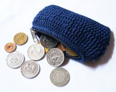 Conquer your fear of the bullion stitch by crocheting this coin purse (free crochet pattern, written and charted)