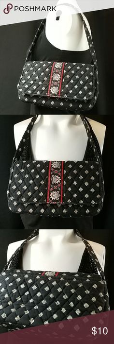 Vera Bradley Small Purse Vera Bradley Small Purse Measures 9 in L x 5 in H x 2.5 in D Drop strap measures 9 inches long Shows slight signs of wear On the smaller side for purses 12-23 Vera Bradley Bags Shoulder Bags