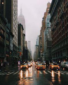 WEBSTA @ newyork_instagram - ☔️Rainy day in New York.Photo by @joao_coutinho#NewYork #NewYorkCity #newyorker #NewYorkNewYork #NYC #nyclife #USA #America #UnitedStates #city #citylife #view #bigcity #vsco #vscocam #manhattan #Brooklyn #soho #eastvillage #timessquare #bigapple #photogrid #photo #vsconyc #instagramers #instagrammers #instamood #street #view #architecture #rain ⠀⠀⠀ TAG YOUR FRIENDS