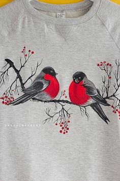 Hand painted Gray Women Sweatshirt with birds, winter clothing, gift for her: Bullfinches - Hand painted Gray Women Sweatshirt with birds winter Source by terezacorado - Fabric Painting On Clothes, Fabric Paint Shirt, Paint Shirts, T Shirt Painting, Painted Clothes, Sweat Shirt, Flower Art Drawing, Animal Print T Shirts, Fabric Paint Designs