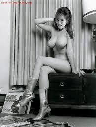 welsh nude Racquel