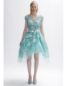 reminds me of alice in wonderland. #marcjacobs