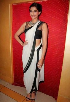 Sonam Kapoor in Dhoti style Saree