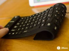 SCOSCHE freeKEY flexible water resistant roll up keyboard review | iMore