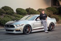 Modern Muscle Design (MMD) joined forces with Chip Foose and unveiled a stunning one-off 810 hp supercharged MMD by Foose 2015 Ford Mustang