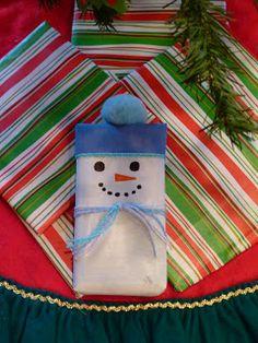 Ramblings of a Crazy Woman: Snowman Gift Wrap