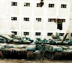 SyAA T-90s somewhere around Aleppo.