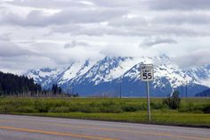Seward Highway - Alaska    Make way from metropolitan Anchorage into the Alaskan wild via the 127-mile, sea-and-mountain-skirting Seward Highway. Winding down in the Kenai Peninsula's port town of Seward, this easily navigable cross section of America's largely untamed Last Frontier.