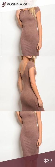 "NWT Dusty Rose Dress 👗 Fabric Content: 76% RAYON 21% POLYESTER 3% SPANDEX Size Scale: S-M-L Description: L: 39"" B: 26"" W: 24"" Dresses Midi"