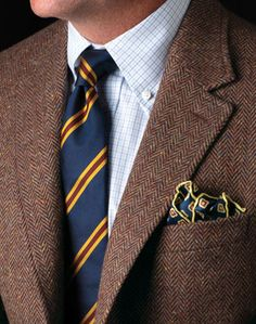 Tie Knots: 8 Ways To Tie A Tie - Ascot, Bow, Small Knot, Four-in-Hand, Prince Albert, Cross Knot, Half-Windsor, and Windsor (see how to do each one) #mensfashion