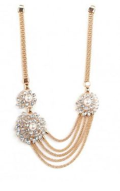 this is such a beautiful piece! REVEL: Brooch   Chain Necklace