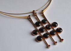 Helge Narsakka for Kaunis Koru, Vintage modernist gold neckpiece with smokey quartz stones, Bronze Jewelry, Pendant Jewelry, Jewelry Art, Contemporary Jewellery, Modern Jewelry, Vintage Jewelry, Handmade Jewelry Designs, Quartz Stone, Statement Jewelry