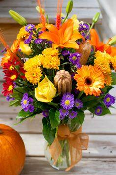 DIY Fall Floral Arrangement (Sabellico's)