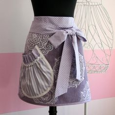 Apron by the glamfinale. POCKET DETAIL