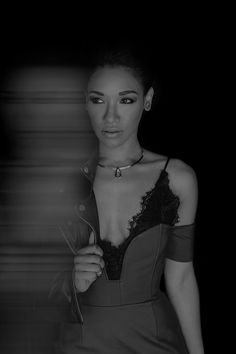 Candice Patton for Rogue magazine Candace Patton, Candace Parker, Iris West Allen, Jessica Parker Kennedy, Flash Tv Series, Divas, Pencil Skirt Casual, Supergirl And Flash, Amanda Bynes