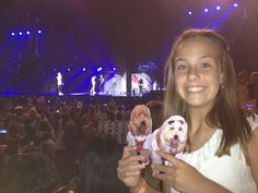 Maggie and Annie at a One Direction Concert- the Dynamic Doodle Darlings Tour. Hodgkins Orthodontics. Cedar Park, TX. http://www.10grin.com/