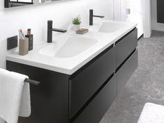 Industrial Scandinavian, Black White Bathrooms, Bathroom Interior Design, Small Bathroom, Bathroom Ideas, Bathroom Inspiration, Fixer Upper, Double Vanity, Houses