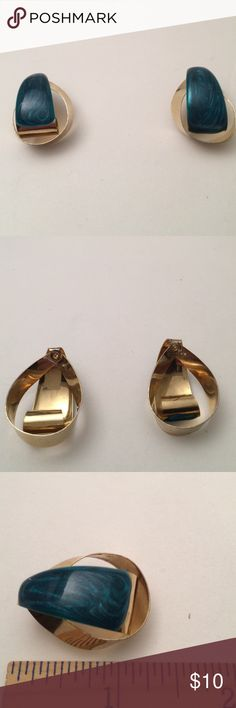 Vintage earrings Vintage gold tone enamel earrings , new condition , bundle to save for shipping Vintage Jewelry Earrings