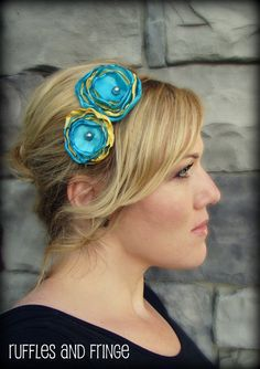 Black Friday Sale Woman's Flower Headband in Turquoise Blue and Sunshine Yellow Headband Hairstyles, Diy Hairstyles, Pretty Hairstyles, Metal Headbands, Fabric Headbands, Diy Headband, Diy Hair Accessories, Clothes Crafts, Bow Hair Clips