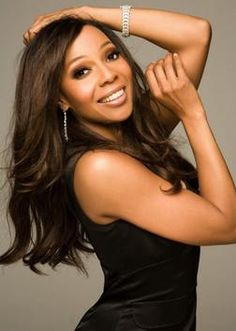 Terry Ellis received a degree in marketing from Prairie View A & M University in 1990 before joining the R & B group En Vogue. She's A Lady, Beauty And Fashion, My Black Is Beautiful, Black Girls, Long Hair Styles, Celebrities, Model, Famous Black, Virgos