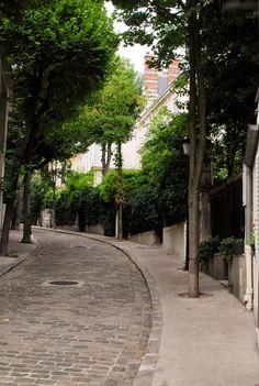 Et si on se promenait. Architecture Parisienne, Paris Architecture, Beautiful Streets, Most Beautiful Cities, Paris City, Paris Street, Paris Travel, France Travel, Mercerie Paris