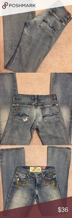 7 for all mankind💥I ❤ offers💥 Very cute. Sequined. Distressed. Bootcut. Size 27 7 For All Mankind Jeans Boot Cut