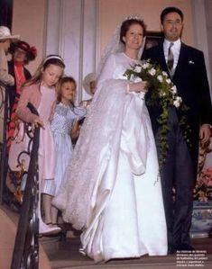 Wedding of Archduke Martin of Austria-Este and Princess Katharina of Isenburg 7 May 2004 Royal Crowns, Royal Tiaras, Royal Jewels, Royal Wedding Gowns, Royal Weddings, Wedding Dresses, Austria, Archduke, Royal Brides