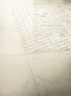 Carrara bianco 2 hexagon italian marble mosaic for Crossville tile virtue