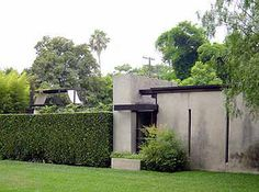Gentry in LA: At the Schindler House, West Hollywood | Gentry style