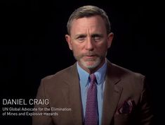 """What's Daniel (Craig) Wearing on Instagram: """"Daniel Craig appears alongside @rosariodawson, Forest Whitaker and Michael Douglas in a new video released by @un_ocha titled """"Impossible…"""" Daniel Graig, New James Bond, Forest Whitaker, Actors, Instagram, Outfit, Business, Style, Outfits"""