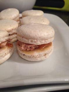 Macarons foie gras et confit d'oignons