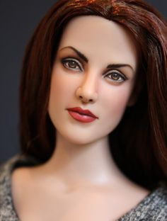 About Vampire Bella Cullen: Bella repaint by artist Sashableu inspired by the Twilight Entertainment Weekly Magazine covers