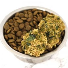 Oatmeal Sweet Pea Spinach Burgers for dogs! A super simple & healthy homemade dog food recipe! Vegan Keto Recipes, Gluten Free Recipes For Dinner, Vegan Gluten Free, Dog Food Recipes, Dairy Free, Healthy Recipes, Vegan Egg, Vegan Meals, Low Calorie Desserts