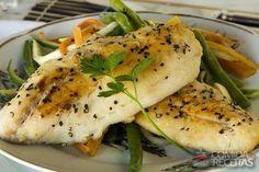Receita de Peixe grelhado com legumes julienne em Peixes, veja essa e outras receitas aqui!