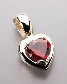 Goldener Herzanhänger mit Granat -  #schmuck #jewellery #sognidoro #sogni #doro #pendant #heart
