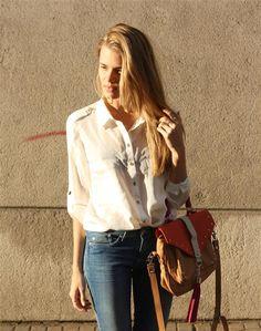 jeans clásicos y blusa blanca!!!!