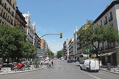 En la C/ Fuencarral (Madrid) nº 141, se instaló entre octubre de 1928 y junio de 1929, Luis Cernuda.