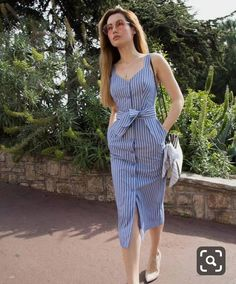 Minus the boobage Cotton midi dress with bow 41 Summer Fashion 2019 To Rock Your Winter Style Simple Dresses, Cute Dresses, Casual Dresses, Trendy Outfits, Summer Outfits, Dress Outfits, Fashion Dresses, Look Fashion, Fashion Design