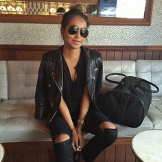 Airport look: Black on black on black in our new @shop_sincerelyjules 'Maya' linen shirt ! shopsincerelyjules.com