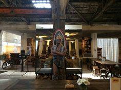 Armazém Rua de Miragaia, 93 (store, bar, tapas)