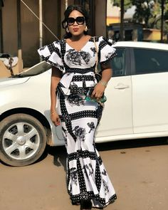 Pictures of our most lovely ankara styles of all time for every beautiful lady out here. Some try these lovely ankara styles Best African Dresses, African Fashion Ankara, Latest African Fashion Dresses, African Print Fashion, African Attire, Xhosa Attire, Ankara Styles For Women, Ankara Dress Styles, Ankara Tops