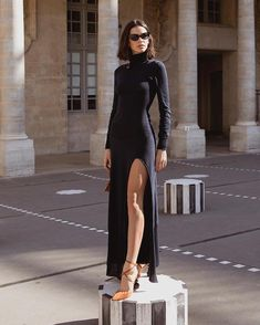 Bruna Marquezine and her look at the Jacquemus parade at the Paris Fashion Week … - Dress Black Women Fashion, Trendy Fashion, Fashion Looks, Fashion Outfits, Womens Fashion, Fashion Trends, Fashion Clothes, Woman Outfits, Cheap Fashion